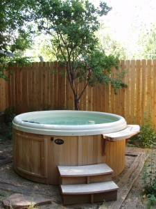 After a day of skiing, relax in this private hot tub. Ahhhhh.